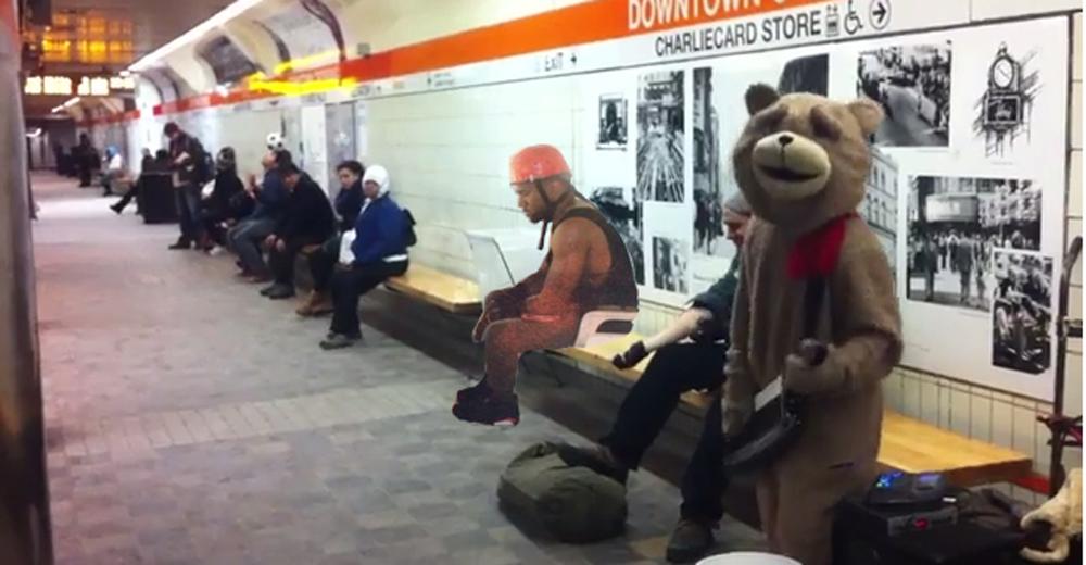 kanye keytar bear full